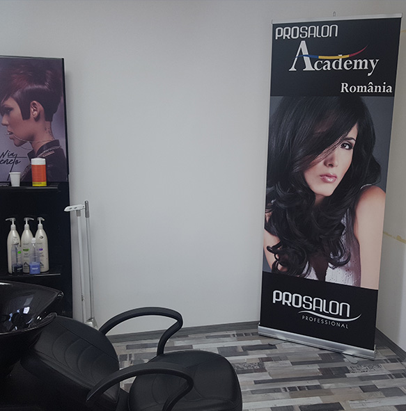 productie roll up, Creare grafica publicitara, promovare cosmetice